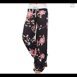 Pants - NWOT floral pants!